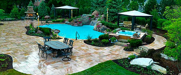Chicago Custom Pools & Waterfalls By Black Creek Canyon